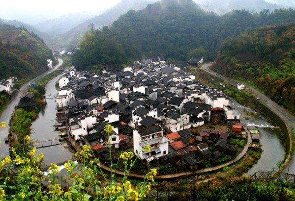 Самое круглое село в мире расположено в Китае. Фото: visiontimes.com