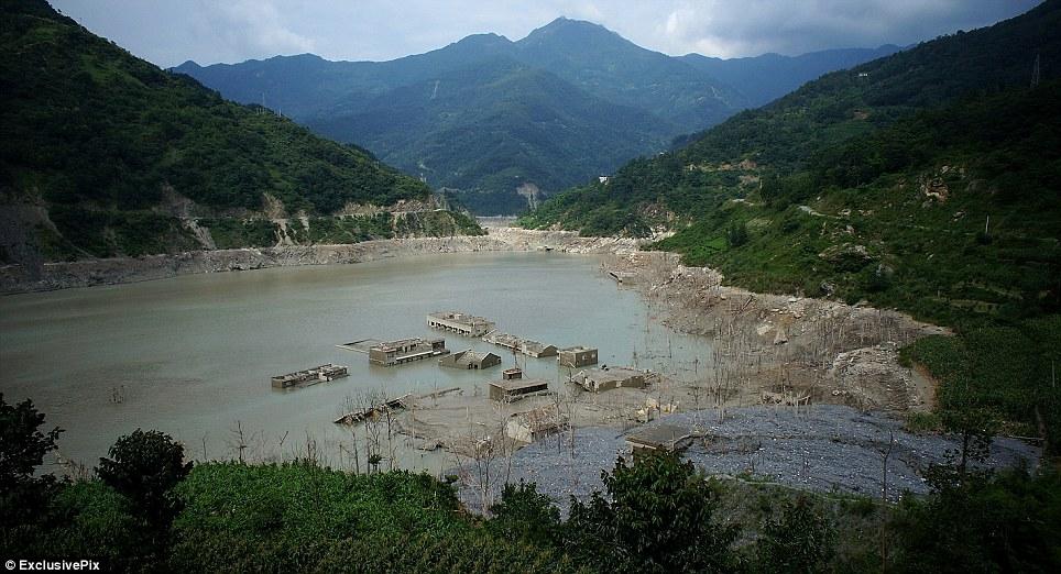 Уникальная затонувшая деревня Китая. Фото: dailymail.co.uk