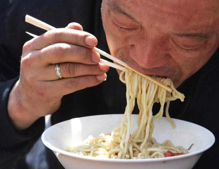 Кстати, по тому, как вы пользуетесь палочками в еде, китйцы смогут определить, какой у вас темперамент!Фото: https://weblogs.baltimoresun.com/
