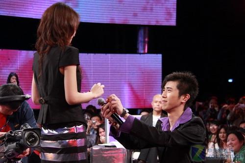 История о том, как китаянка красиво отшила парня и превратилась в интернет-мем! Фото: genychina.com