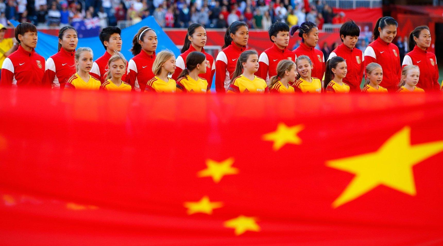 Китай вышет в четвертьфинал Чемпионата мира по футболу среди женщин в 2015 году. Фото: Getty Images