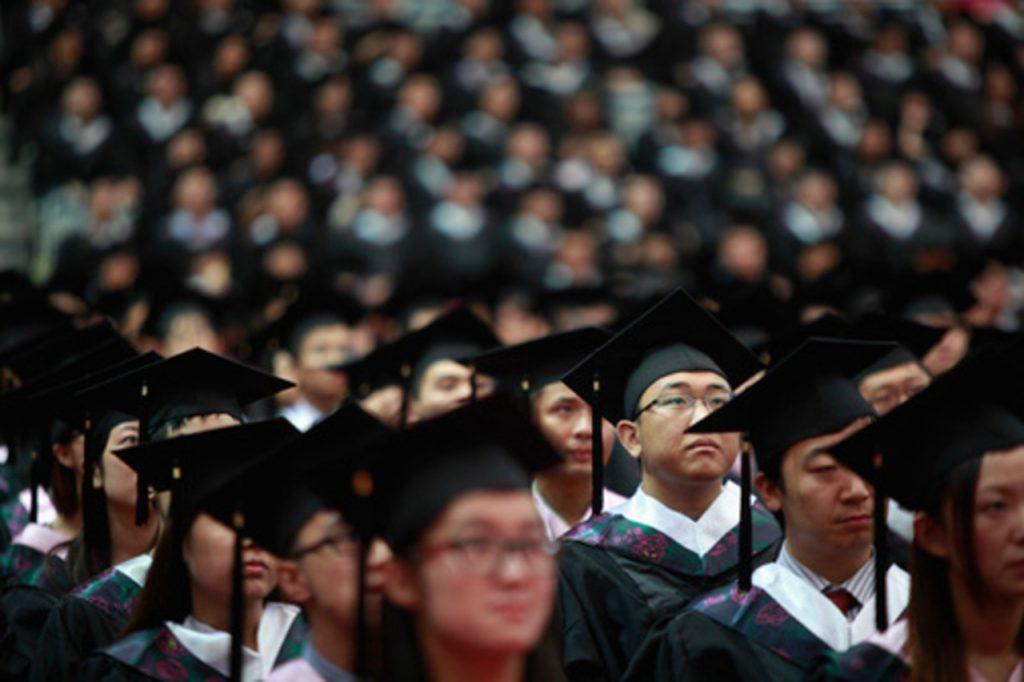 китайские_выпускники