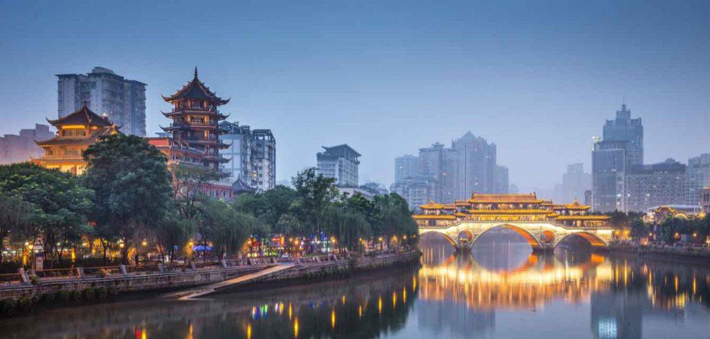 Chengdu_вечерний вид
