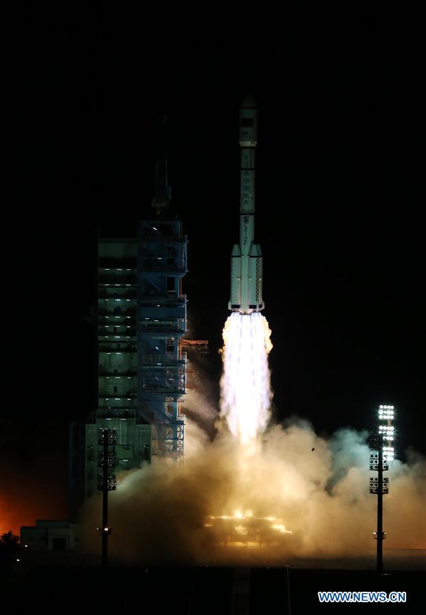 15.09.2016. Запуск китайской космической лаборатории «Тяньгун-2» в четверг. Китай делает шаги для создания постоянной орбитальной станции к 2022 году.