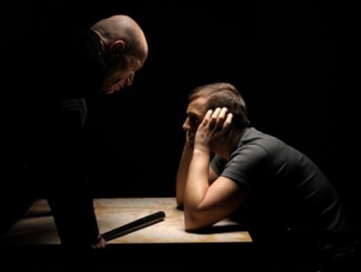 Когда общение с боссом переходит в допрос, жить становится веселей