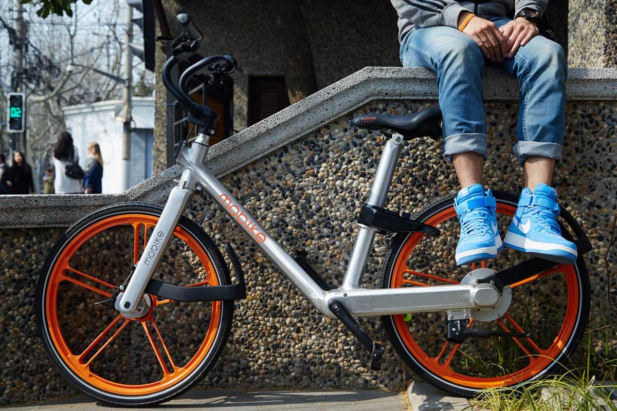 Велосипед Mobike весит 25 кг. Облегченная версия — 17 кг.