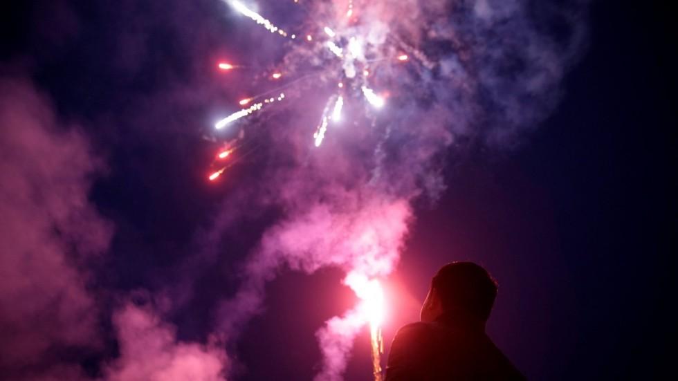Ни взрыва, ни доллара: Китай отказывается от фейерверков в Новый год в пользу чистого воздуха