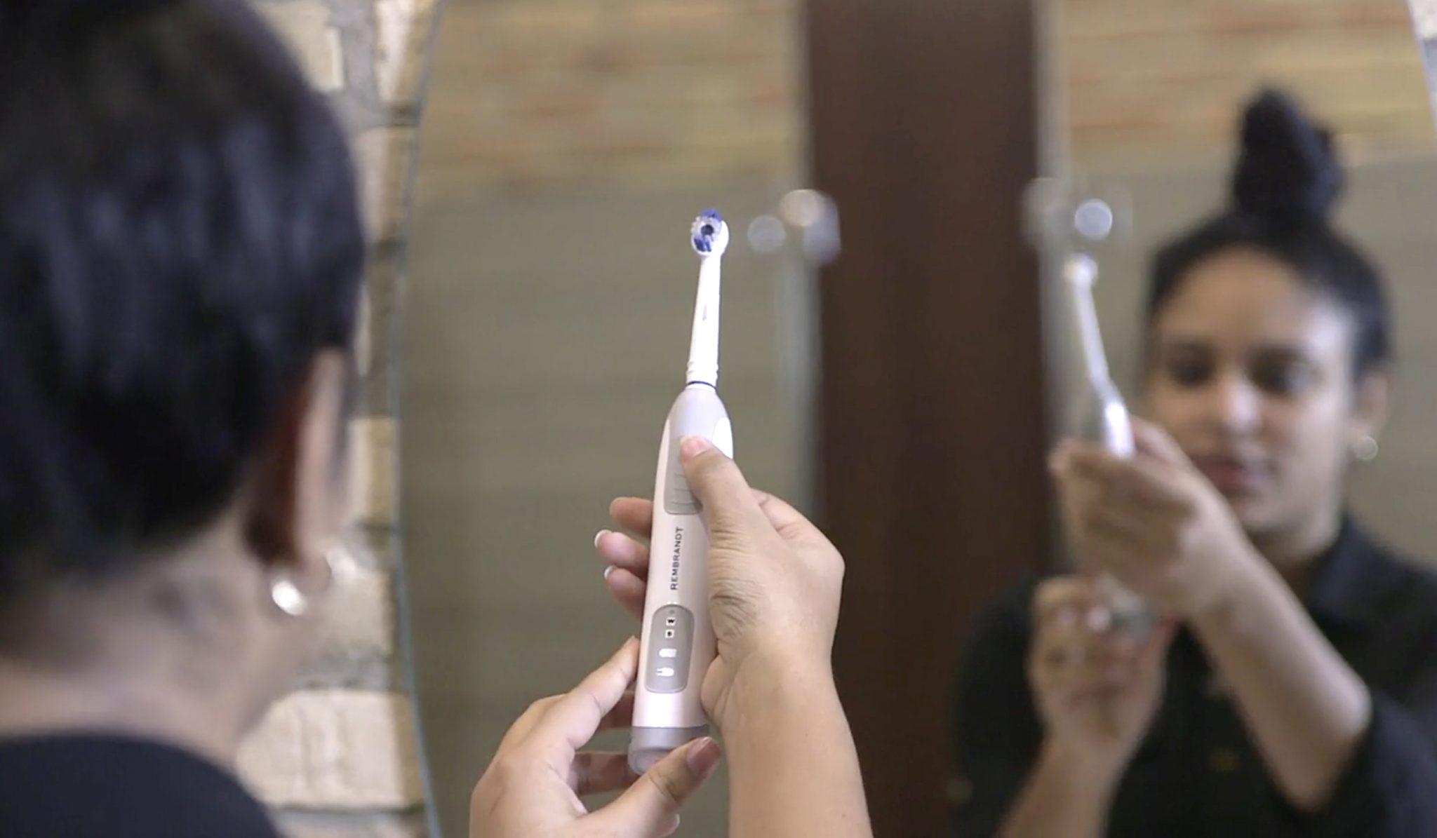 Блокчейн-щетка позволяет добывать криптомонеты при чистке зубов!